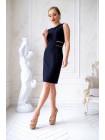 Черное платье-футляр с кружевными вставками