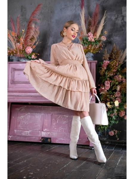Платье в горошек с оборками на юбке