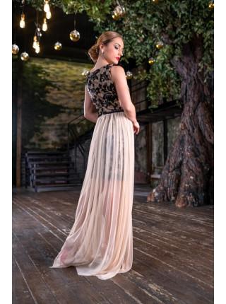 Праздничное короткое платье с длинным подолом из шифона
