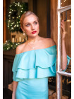 Праздничное платье с кокетливым воланом