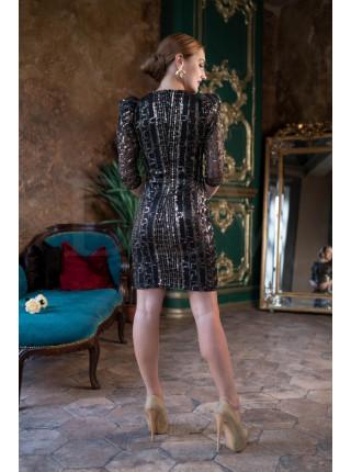 Праздничное платье с узором из пайеток