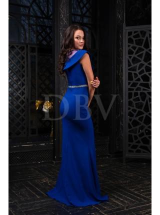 Платье со сверкающим поясом